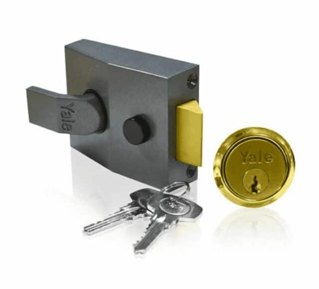 yale nightlatch lock